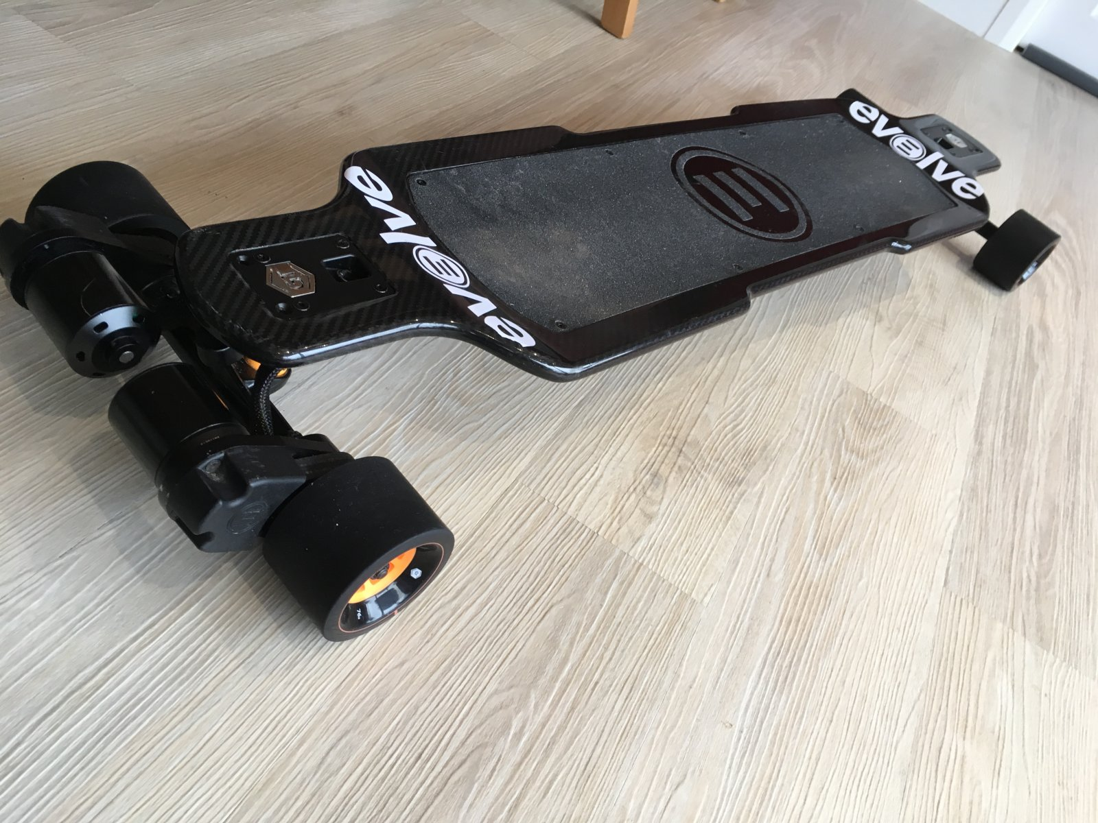 For Sale Gt Carbon Series 2in1 Electric Skateboard